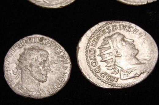 római kori ezüstpénz (fotó: dariknews.bg)